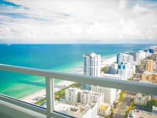 1511201RN Fontainebleau Tresor Junior Suite - Miami Beach vacation rentals