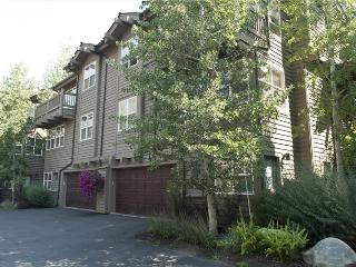 River Ridge Lane - #215A, Quiet Ketchum Townhome near River Run Ski Lifts; - Ketchum vacation rentals