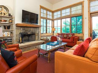 Senabi Lane - #101 - Luxury Townhome in Elkhorn with Central Air Conditioning; - Central Idaho vacation rentals