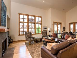 Angani Way 104, Penthouse #13, Elkhorn Springs - New Luxury Condo with Central Air Conditioning - Sun Valley vacation rentals