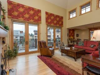 Angani Way 106, Penthouse #13, Elkhorn Springs - New Luxury Condo with Central Air Conditioning - Sun Valley vacation rentals