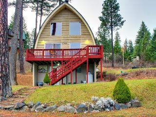 Cave Bay Cabin With Loft - Post Falls vacation rentals