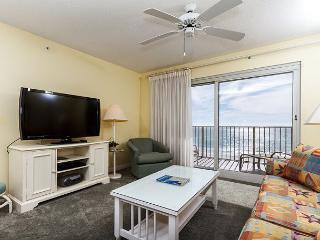 SL 303: 3rd floor beach front,free beach service, snorkeling, GOLF, movies - Fort Walton Beach vacation rentals