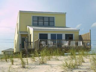 Beachfront Charm @ Peaceful 'Daydream Hideaway' - Gulf Shores vacation rentals
