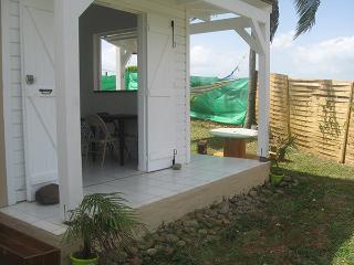 Bungalow (F2) : La guadeloupe côté campagne - Lamentin vacation rentals
