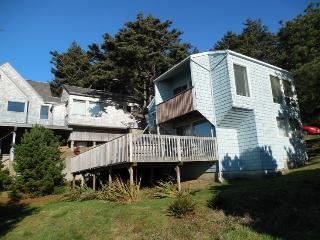 Graceful Getaway - Cannon Beach vacation rentals