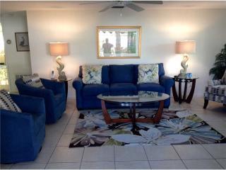 Island House Beach Resort, steps to sandy beached - Villa 11 - Siesta Key vacation rentals