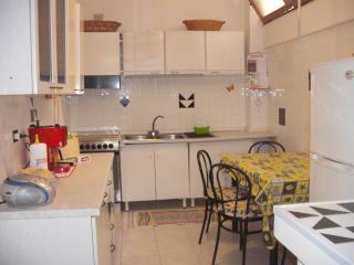 casa a 30 mt. dal mare ingresso indipendente - Alghero vacation rentals
