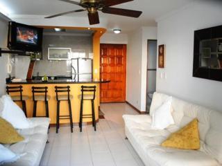 Apartamento El Laguito  Arena – CTG40A - Cartagena vacation rentals