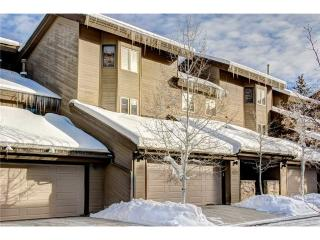 Gorgeous 3 bedroom Deer Valley Apartment with Deck - Deer Valley vacation rentals