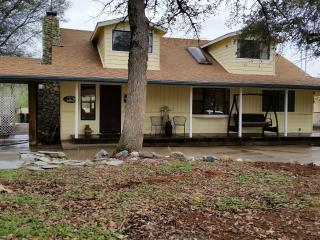 Grace Oaks Home  Mariposa Yosemite - Mariposa vacation rentals