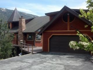 Cresthouse - Idyllwild vacation rentals