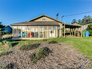 Dog-friendly home w/ a private hot tub and shared pool & tennis, close to beach! - Waldport vacation rentals