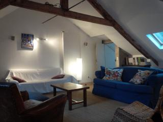 Great location ! 3 Bedroom House 1 block to sea - Cancale vacation rentals