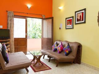 Goan Alcove, Candolim Luxury Service Apartment in - Candolim vacation rentals