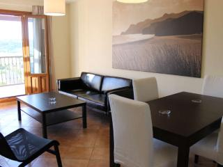Holiday apartment with shared pool and golf nearby - Costa Esuri vacation rentals