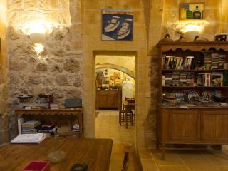 Gozovigliando Bed & Breakfast House Of Character 4 - Nadur vacation rentals