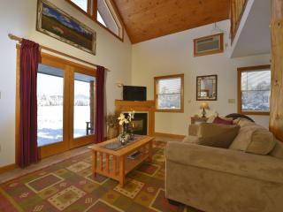 Placid Bay Inn Lakefront Cottage, Lake Placid, NY - Lake Placid vacation rentals