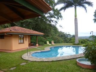 Bungalow&House Atenas - Province of Alajuela vacation rentals