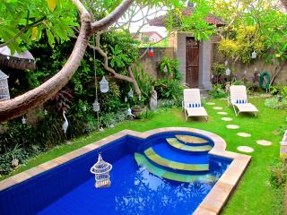 TuYung Villa, tranquility close to the action - Seminyak vacation rentals