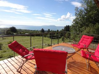 Cozy Cottage with Deck and Internet Access - Pucon vacation rentals