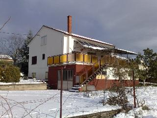 Nice 4 bedroom Medjugorje House with Internet Access - Medjugorje vacation rentals