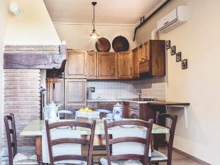 """La Villa Del Cedro"" - Oliveto vacation rentals"