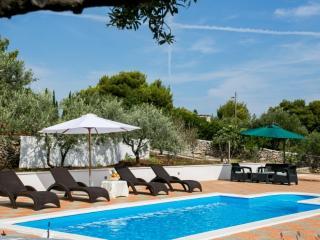 Luxury Villa for 11 people in Milna, Brač - Cove Makarac (Milna) vacation rentals