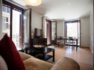 Paralel 1 Apartment. Close to Ramblas and Metro - Barcelona vacation rentals