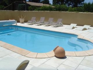 Cozy 1 bedroom Cheval-Blanc Bed and Breakfast with Internet Access - Cheval-Blanc vacation rentals