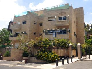 REHAVIA, BEST LOCATION! 3 bedrooms, spacious! - Jerusalem vacation rentals