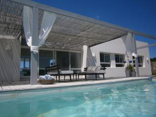 DESIGN HOUSE AT LA BARRA, PUNTA DEL ESTE URUGUAY - La Barra vacation rentals