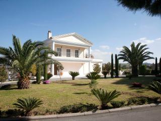 Villa Elena Perea, Thessaloniki - Peraia vacation rentals