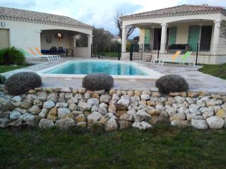 Gorgeous Villa with Internet Access and A/C - Garrigues-Sainte-Eulalie vacation rentals