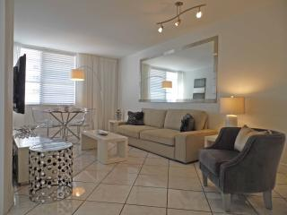Beautiful Condo with Internet Access and Dishwasher - Miami Beach vacation rentals
