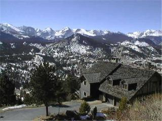The Alleman N. at Windcliff: Long�s Pk. and Continental Divide Panoramic Views - Estes Park vacation rentals
