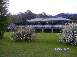 Bountiful Farm house - Kangaroo Valley vacation rentals