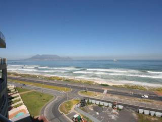 Nice 2 bedroom Apartment in Bloubergstrand - Bloubergstrand vacation rentals