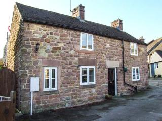 BEDEHOUSE COTTAGE, close to amenities, patio garden, exposed brickwork in Cromford, Ref 903532 - Cromford vacation rentals