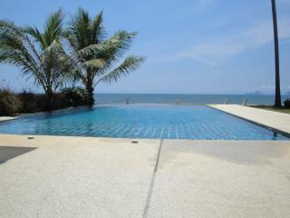 3 bedroom Villa with Internet Access in Krabi - Krabi vacation rentals
