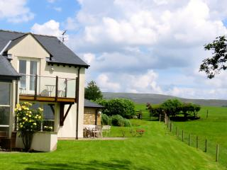 Nice Cottage with Internet Access and Satellite Or Cable TV - Kirkby Lonsdale vacation rentals