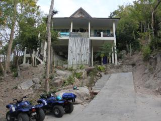 Nice Villa with Internet Access and Cleaning Service - Koh Tao vacation rentals