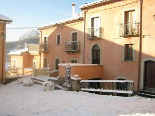 Nice Bed and Breakfast with Balcony and Central Heating - Isernia vacation rentals