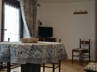 Maison di Luisa Courmayeur apartment Stella Alpina - Courmayeur vacation rentals