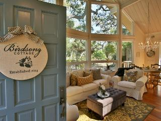 Cozy 3 bedroom Montecito House with Deck - Montecito vacation rentals