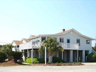 """2905 Point St - """"Kaptain's Kottage"""" - Edisto Beach vacation rentals"""