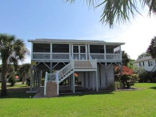 "3124 Myrtle St. - ""Scarborough Faire"" - Edisto Beach vacation rentals"