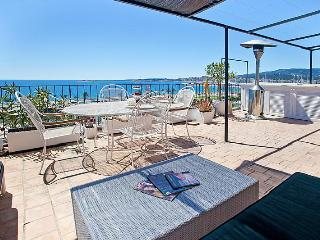 Stunning Sea View Duplex - Palma de Mallorca vacation rentals