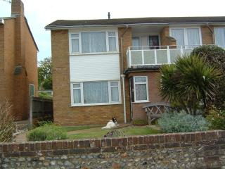 Nice 3 bedroom Seaford House with Washing Machine - Seaford vacation rentals