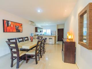 Wonderful 3BR condo. - Playa del Carmen vacation rentals